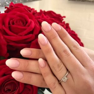 beautiful natural ombré nails for Wedding